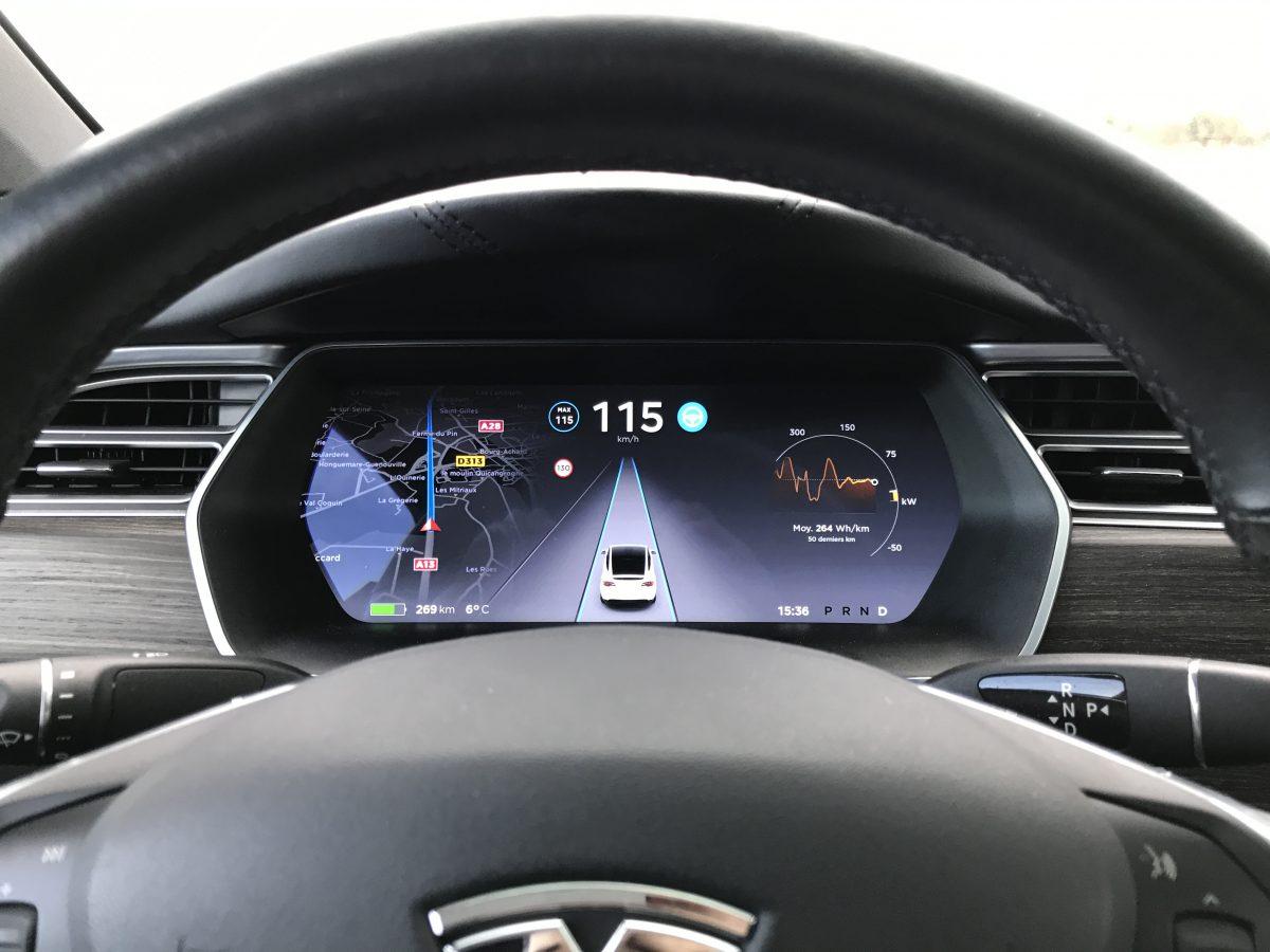 Découverte Tesla Model X 90D avec Blooweels